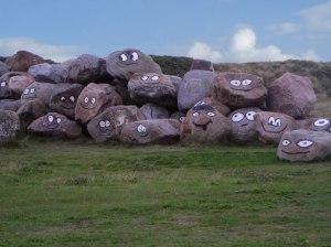 smiling-stones