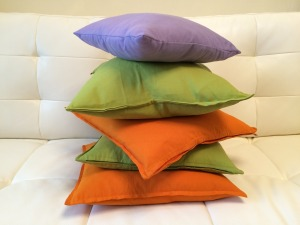 MELODY AGOGO PILLOWS 2