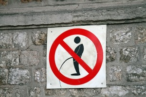 NO PEE SIGN
